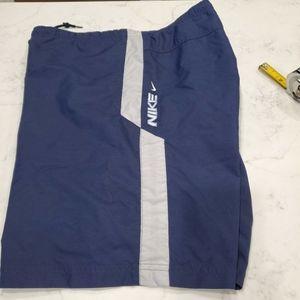 Vintage 2002 Nike swim trunks size Med